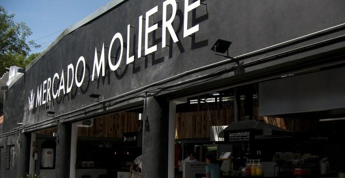 Consiente a mamá en Mercado Moliere