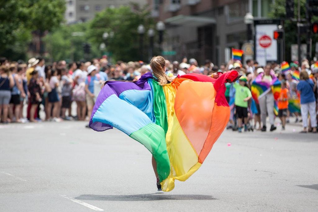 ¿De qué color pintarías este #Pride?