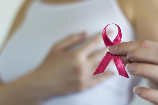 ¿Cómo se relaciona la diabetes y el cáncer de mama?