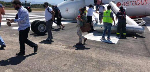 Sufre accidente avión de Viva Aerobus antes de despegar en Puerto Vallarta